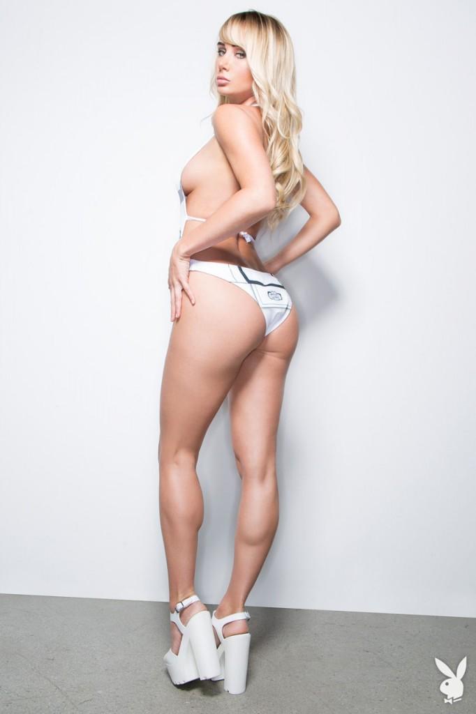 Sara Jean Underwood9