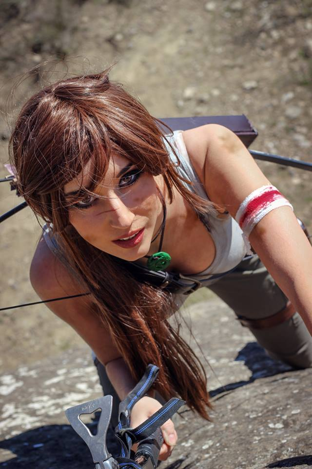 Illisia Cosplay Tomb Raider Lara Croft